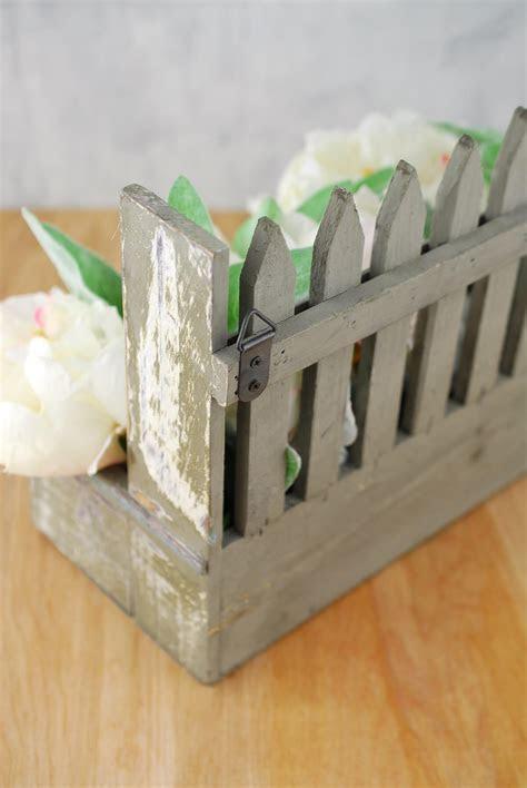 Wood Picket Fence 9x11 Planter Box