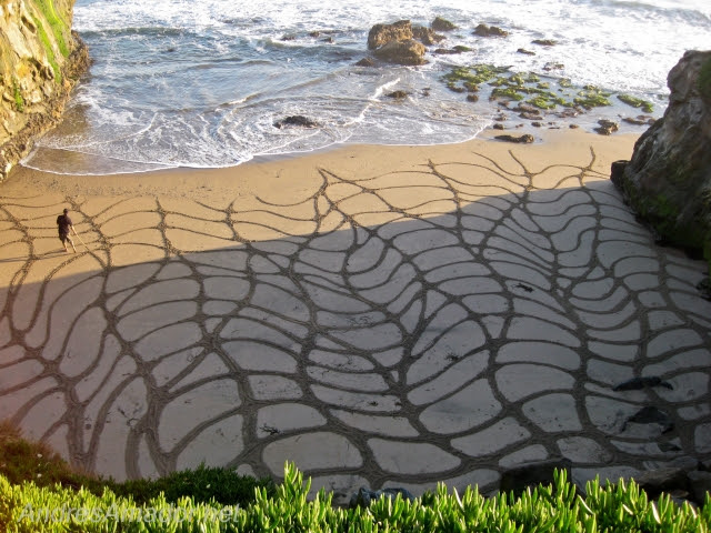 Impermanent Sand Paintings by Andres Amador sand land art