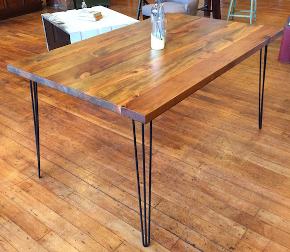Yellow Chair Market \u00bb Reclaimed Wood and Hairpin Leg Table