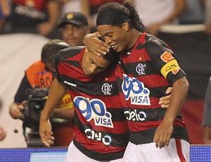 wanderley ronaldinho gaúcho  gol flamengo x nova iguaçu (Foto: Marcelo Theobald/Globo)