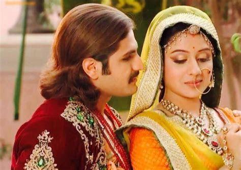 Jodha Akbar: Jalal and Jodha announce Salim?s engagement