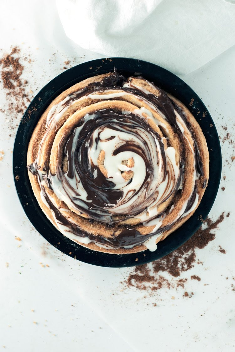 Peanut Butter Cinnamon Roll Cake | asimplepantry.com