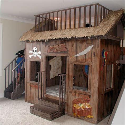 spielhaus im kinderzimmer fuer piratinnen und piraten