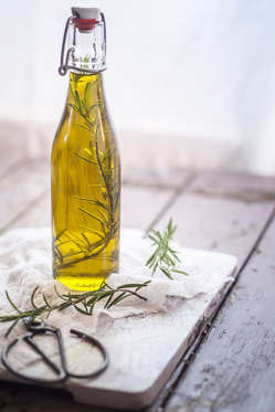 Olive oil is good in reducing monounsaturated fat which eventually burn calories.