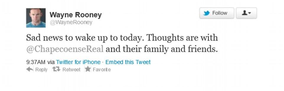 Futebolistas de todo o mundo prestou homenagem à equipe hoje com capitão da Inglaterra Wayne Rooney entre aqueles tomando Twitter