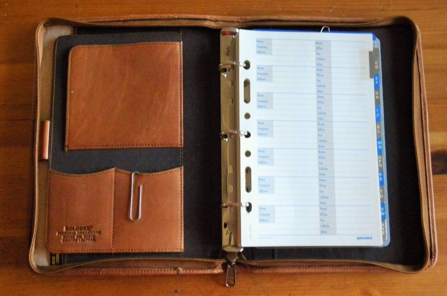 Rolodex Leather Personal Organizer Saddle Brown by FieldsOfVintage