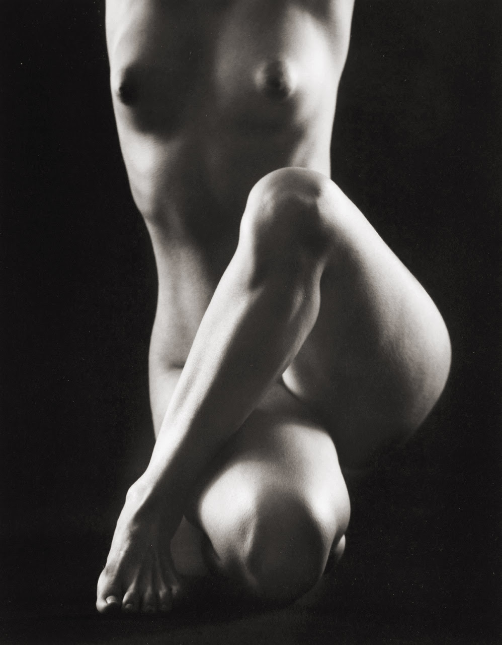 Crossover photo by Ruth Bernhard, 1969