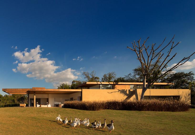 studio arthur casas: casa itu, sao paulo