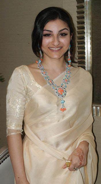 17 Best ideas about Soha Ali Khan on Pinterest   Indian