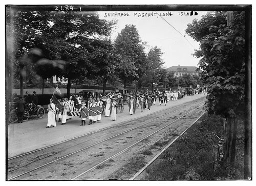 Suffrage pageant - Long Isl. (LOC)