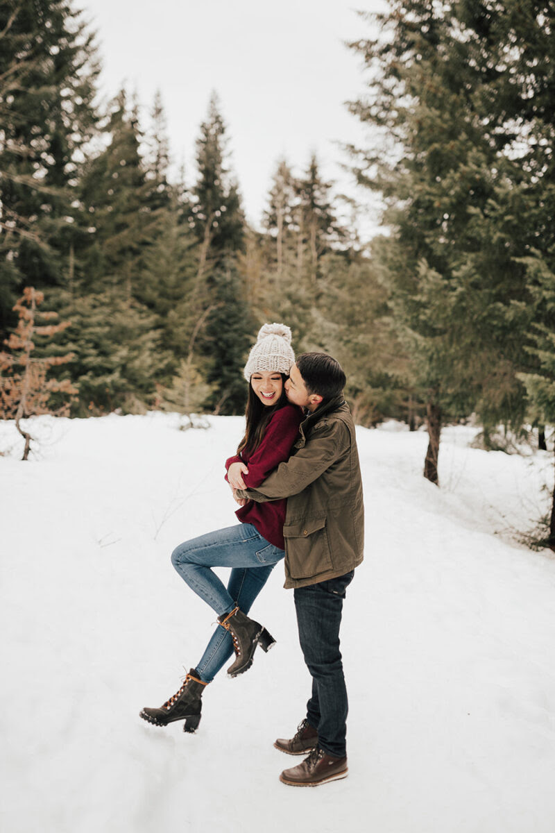 6 Helpful Tips On What To Wear For Engagement Photos Just A Tina Bit