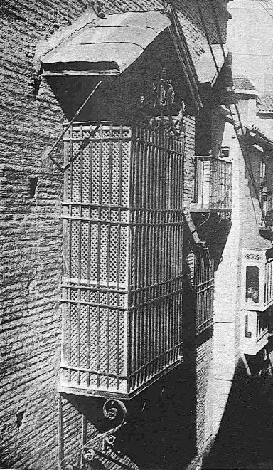 Ajimez de la iglesia de la Magdalena en 1928. Foto Comendador