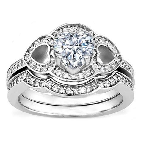 Engagement Ring  Heart Shaped Diamond Engagement Ring with