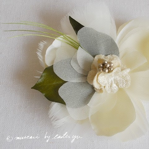 Muscari Ivory Ruffles Feather Flower with Real Leafy Greens