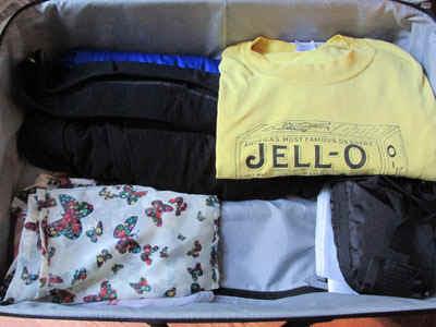 Packing.jpg (57783 bytes)
