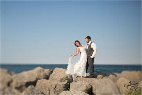 Jordan & Alexandra {Lake Huron, Roger?s City, Alpena