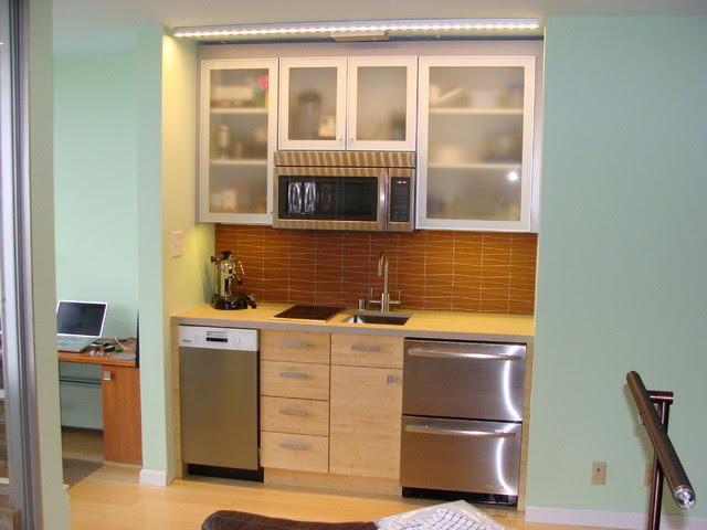 Sleek Studio Kitchen