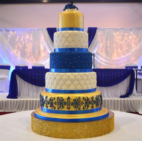 Icing Wedding Cake WIC 011   Paul's Bakery