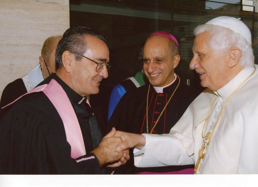 Livi Benedetto XVI