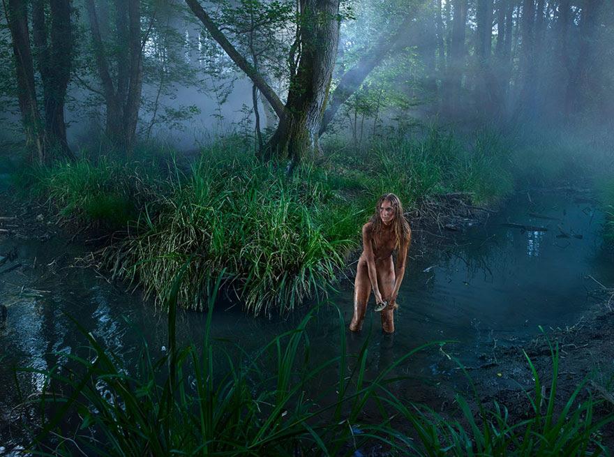 feral-children-wild-animals-photos-fullerton-batten-15