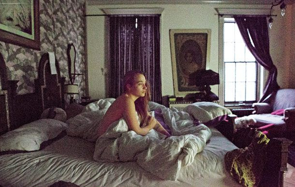 http://www.vulture.com/2014/03/life-in-pictures-jemima-kirke/slideshow/1/