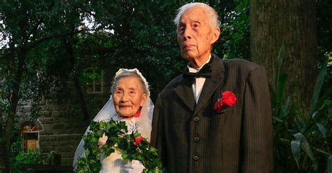 98 year old couple recreates their wedding day 70 years later