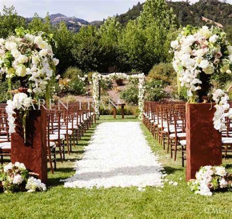 wedding ceremony outdoor   garden wedding ceremony