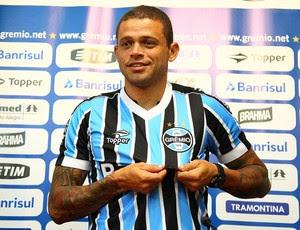 Edinho é apresentado como jogador do Grêmio (Foto: Lucas Uebel/Divulgação, Grêmio)
