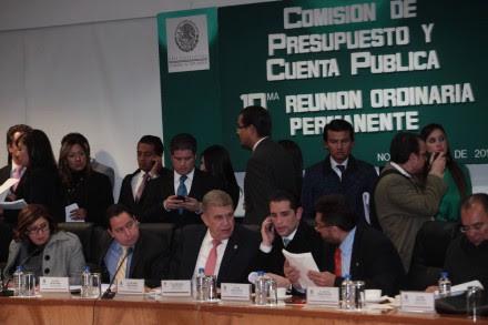 La discusión en la Comisión de Presupuesto. Foto: Miguel Dimayuga