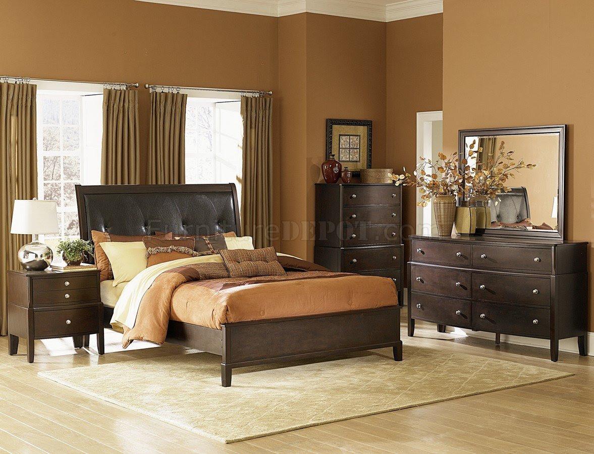 Warm Espresso Finish Contemporary Bedroom w/Optional Items