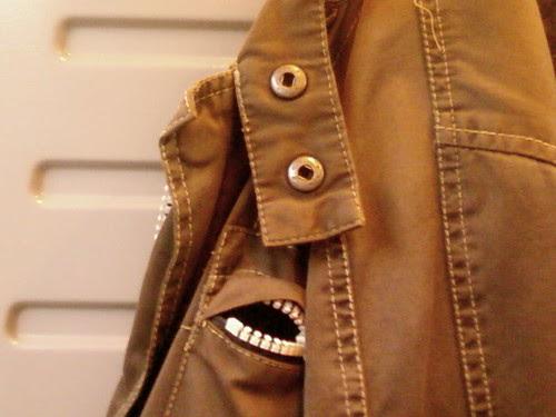 coat face