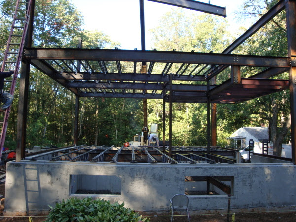 Modern House Plans By Gregory La Vardera Architect 3030 House Steel Framing Goes Up