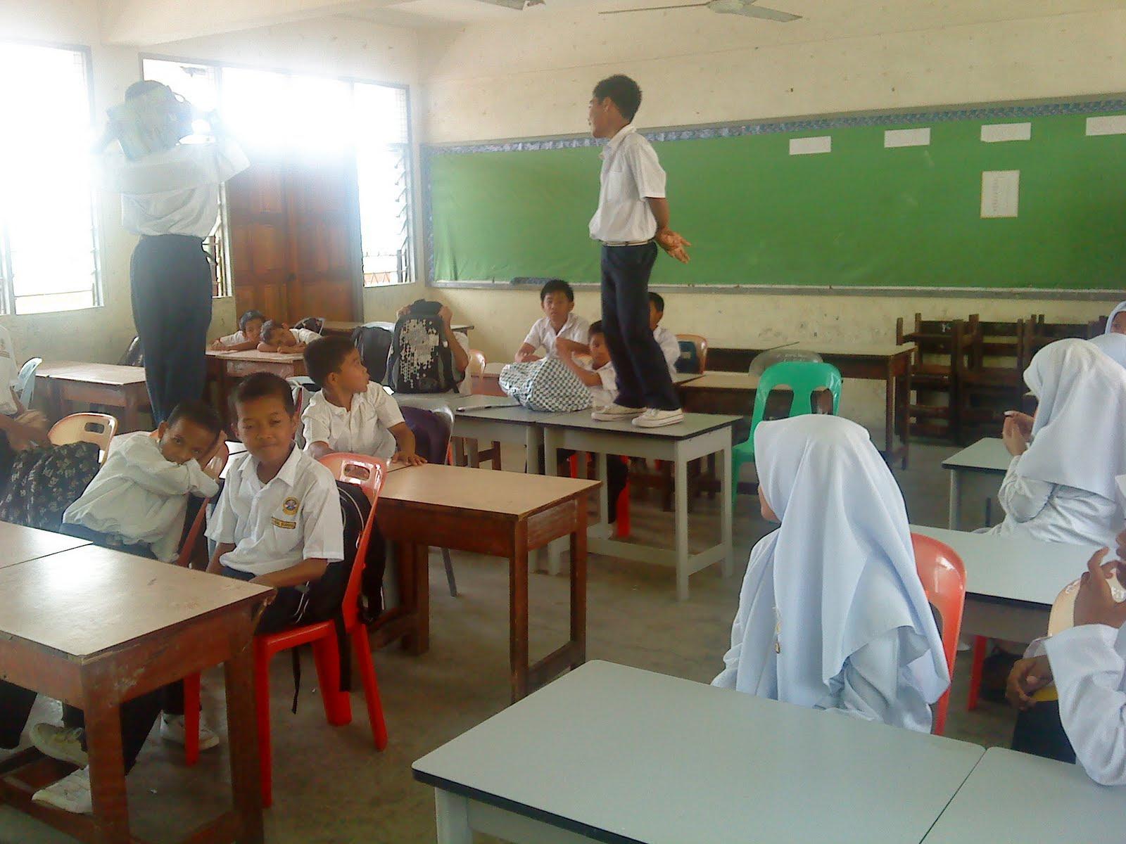 http://selongkar10.blogspot.com/2015/05/13-jenis-denda-di-zaman-sekolah-yang.html