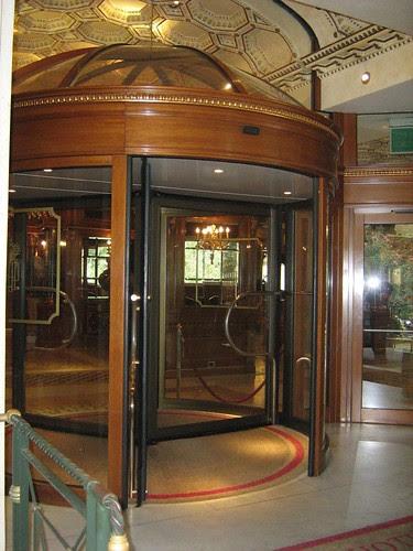 Entrance of Grand Hotel Parco dei Principi
