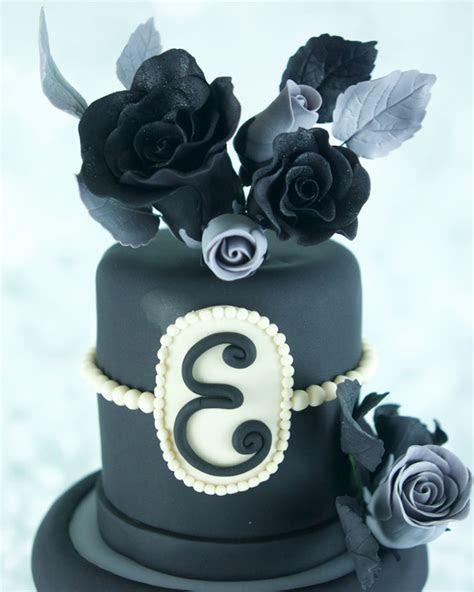 Goth Sweet Sixteen Birthday Cake   CakeCentral.com