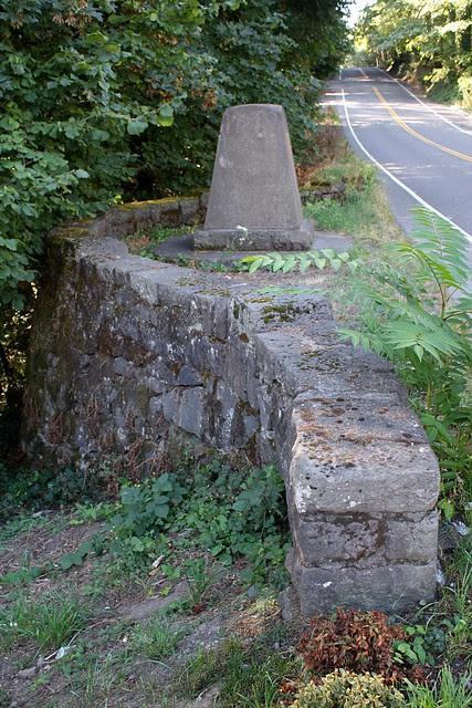 Memorial, Loll Wildwood