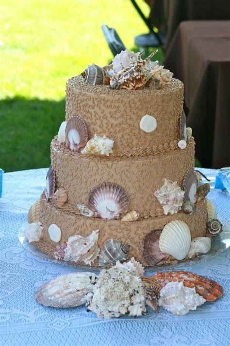 Best 25  Seashell wedding cakes ideas on Pinterest
