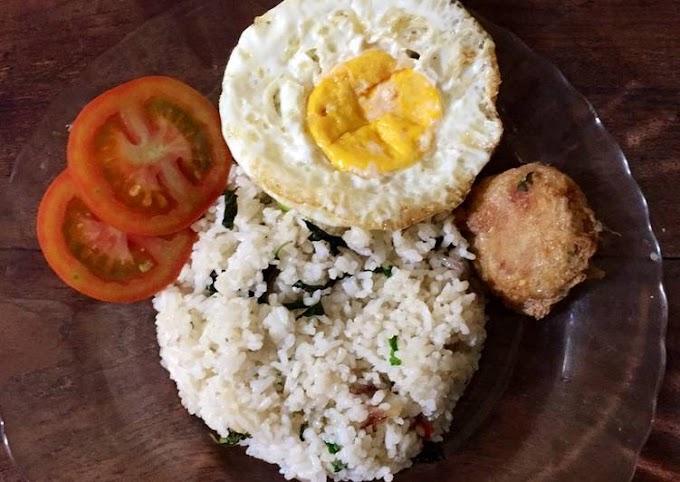 Cara Mudah Mempersiapkan Nasi goreng kemangi akhir bulan Cita Rasa Tinggi