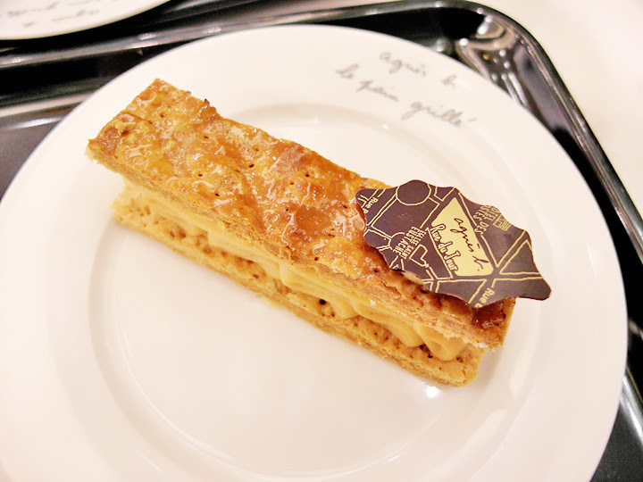 Agnès B cafe desserts