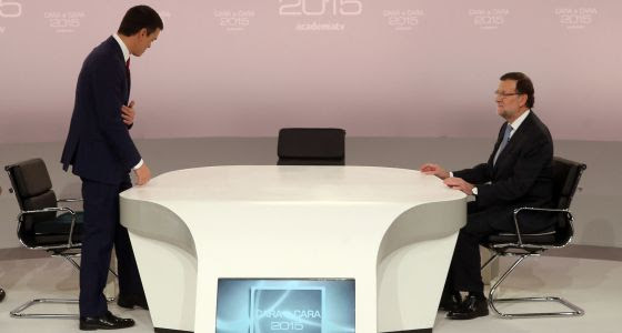 Pedro Sánchez (left) and Mariano Rajoy one the set of the head-to-head election debate organized by the Spanish TV Academy.