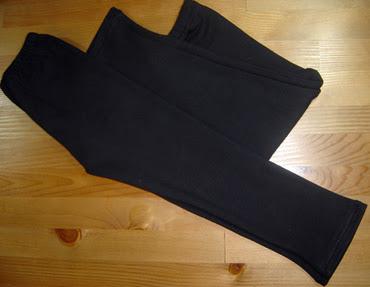 Basic_black_leggings