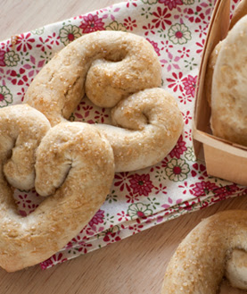 Make These Sweetheart Cookie-Pretzels