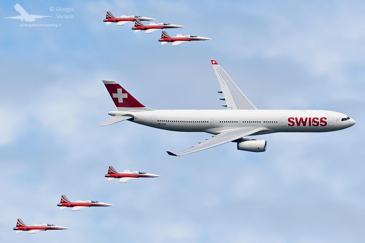 http://www.warbirdsnews.com/airshow-news/swiss-air-force-centenary-air-show-report.html