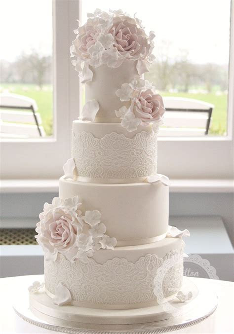 1000  ideas about Wedding Cake Designs on Pinterest