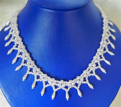 Free pattern for beaded bridal necklace Monica   Beads Magic