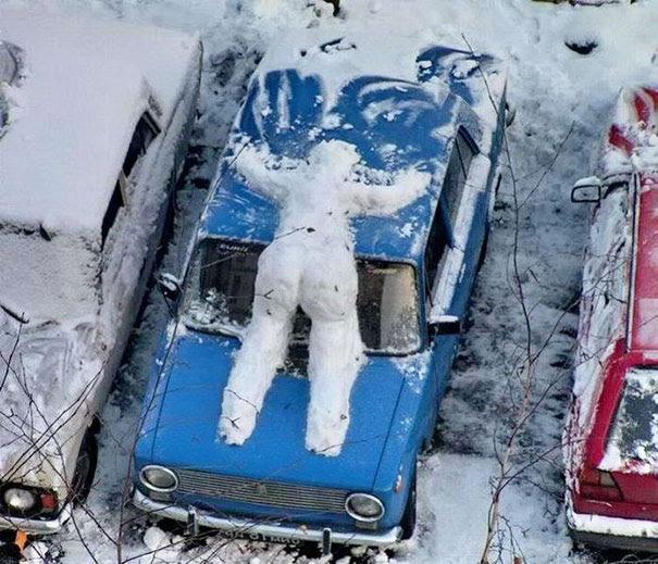 δημιουργική-αστείο-χιονάνθρωπος-ιδέες-6
