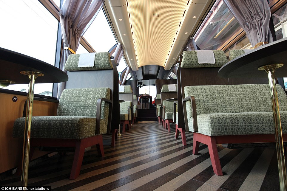 354D80E100000578-3642569-There_are_45_seats_in_total_on_the_Echigo_Tokimeki_Resort_Setsug-a-9_1465991153170