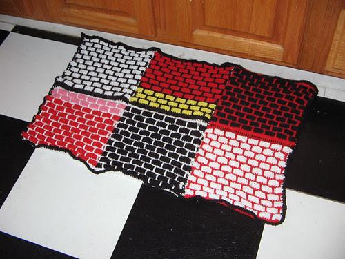 Ball-band kitchen mat