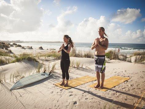 Surf and Yoga (1)