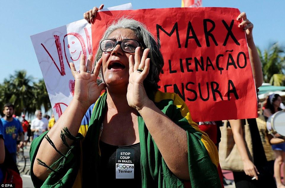 Centenas de pessoas protestaram contra o evento olímpico eo Governo interino do Michel Temer, no dia da inauguração